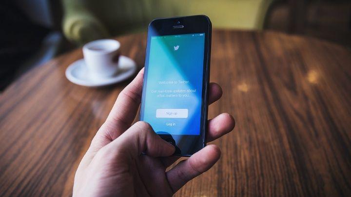 Denuncian venta de fotografías explícitas a través de Twitter; colectivos exigen justicia