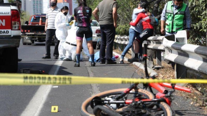 (VIDEO) ¡Lamentable! Reconocido ciclista muere atropellado en autopista de CDMX