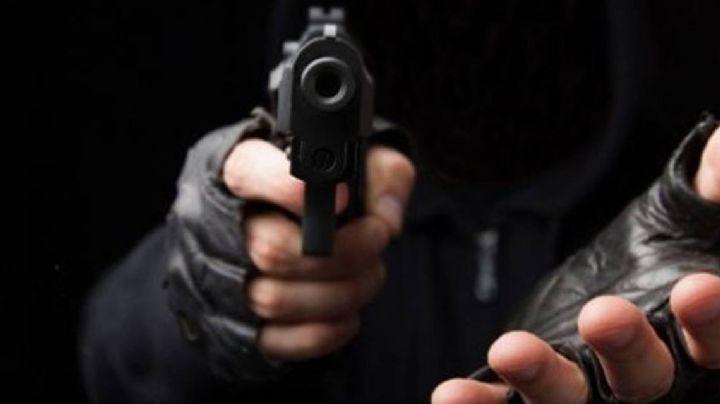 Hermosillo: A punta de pistola, asaltan a cuentahabiente al salir de un banco