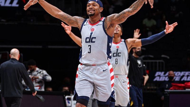 Wizards muestran su magia; arrollan a los Pacers y están en los playoffs de la NBA