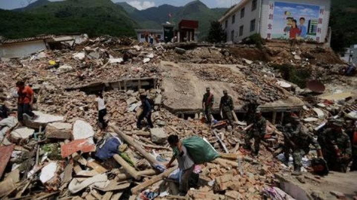 VIDEO: Terremoto de 7.4 grados sacude China; se reportan heridos y 1 muerto