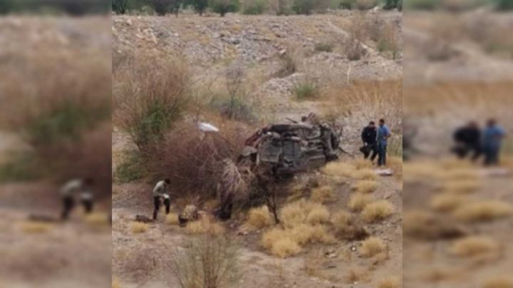 Hermosillo: Joven resulta lesionado tras volcar su auto en el Río Sonora