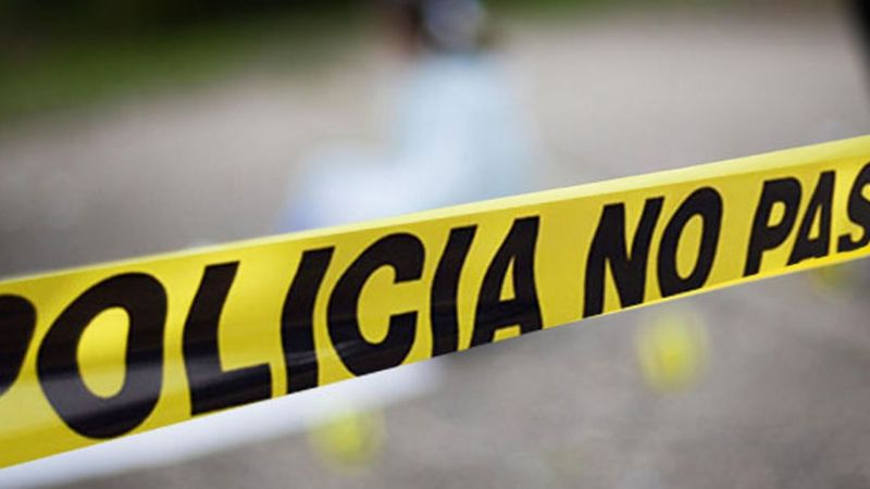 Sujetos desconocidos acribillan y matan a un hombre en plena vía pública