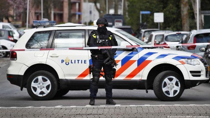 Detienen a hombre que apuñaló a 5 personas en Ámsterdam; hay un muerto