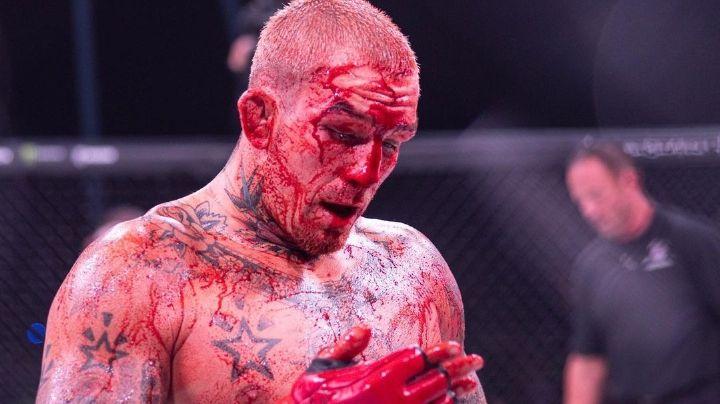 Pelea brutal: Enfrentamiento de MMA acaba  en baño de sangre; peleador se niega a parar
