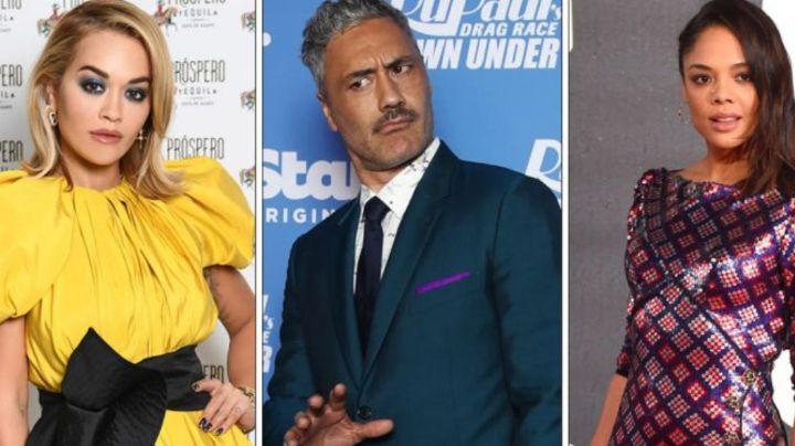 Rita Ora no oculta su amor por Taika Waititi y Tessa Thompson; son captados en beso de 3