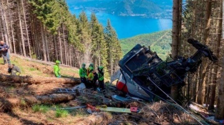 """""""Se escucharon golpes"""": Así fue el terrible accidente del teleférico en Italia; hay 14 muertos"""