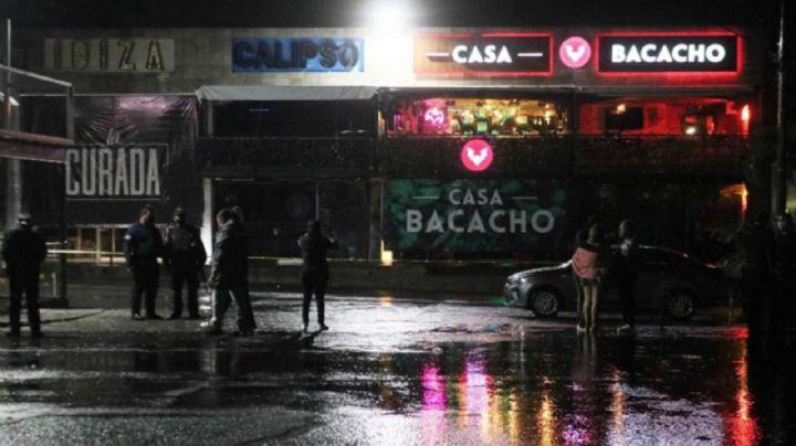 Riña en bar acaba en masacre: Sicarios ejecutan a 3 hombres y filtran las brutales FOTOS