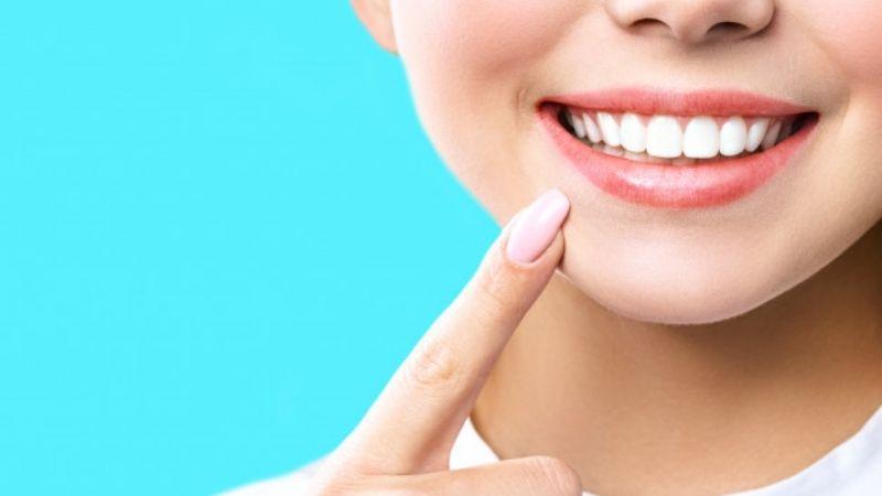 Consigue una sonrisa perfecta con estos productos disponibles en Avon México