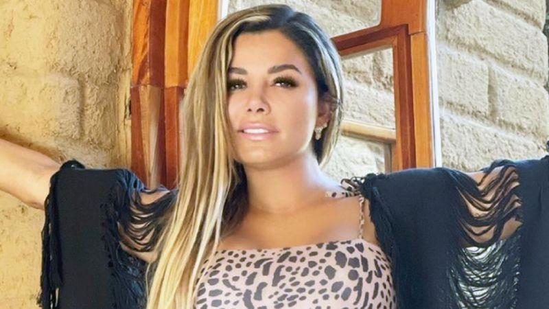 Aleida Núñez, actriz de Televisa, sorprende con espectacular bañador rojo desde la playa