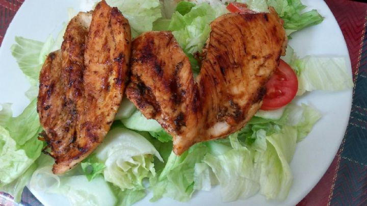 ¡De no creerse! Con esta receta de pollo puedes lograr una comida completa fácilmente
