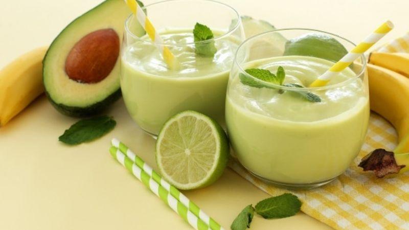 Olvídate del cansancio gracias a este interesante licuado de aguacate con limón