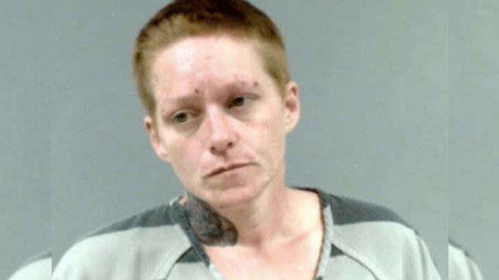 Brutal: Pelea con su esposo por el uso del celular, lo baña en gasolina y le prende fuego