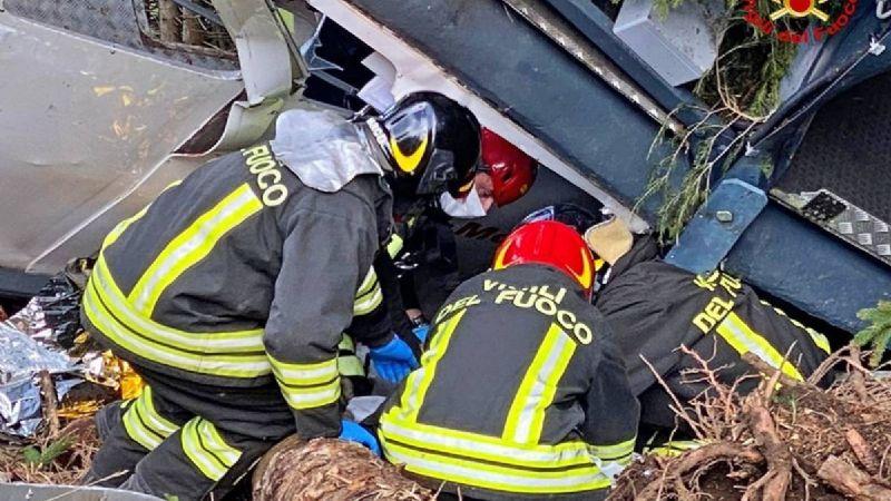 La última FOTO antes del accidente que mató a 14 personas en Italia; sale el único sobreviviente