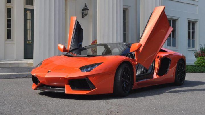 ¡Le pide a Dios un Lamborghini! Un hombre ayunó por 33 días para regalárselo a su novia