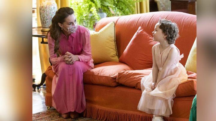 ¡Auténtica reina! Kate Middleton cumple sueño de pequeña niña con leucemia