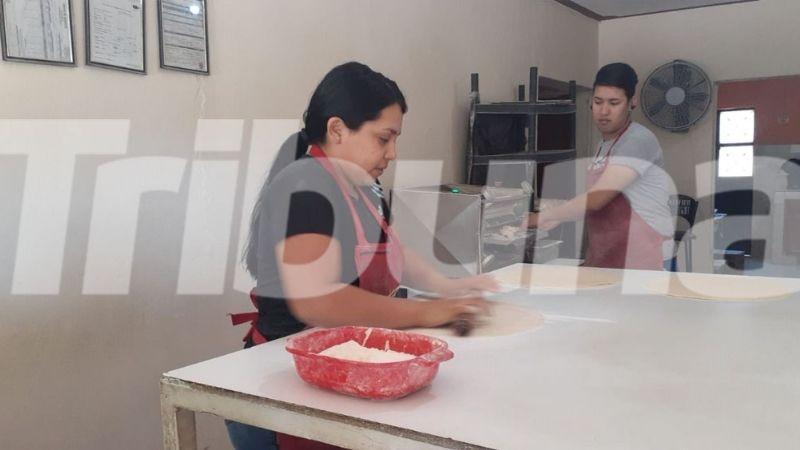 Comerciantes de Guaymas innovan en sus productos para subsistir ante la contingencia