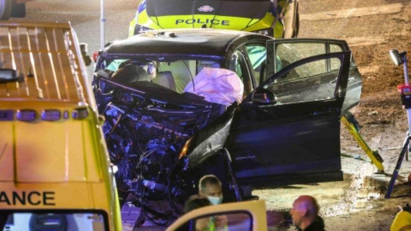 Joven roba un auto, huye de la Policía y choca contra otro automovilista; ambos murieron