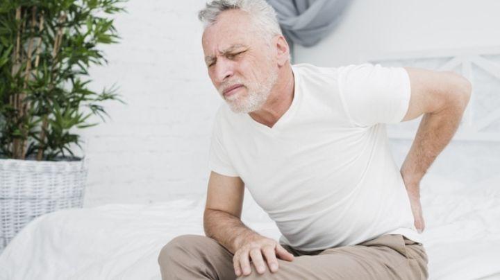 ¿Te duele la espalda? Estas son algunas enfermedades que podrían causar este malestar