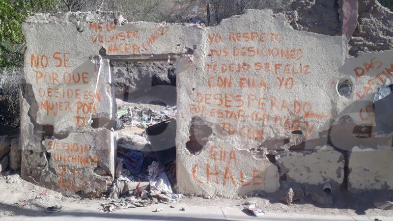 Sonora: Despechada persona pinta mensaje de desamor en la pared de vivienda y se viraliza