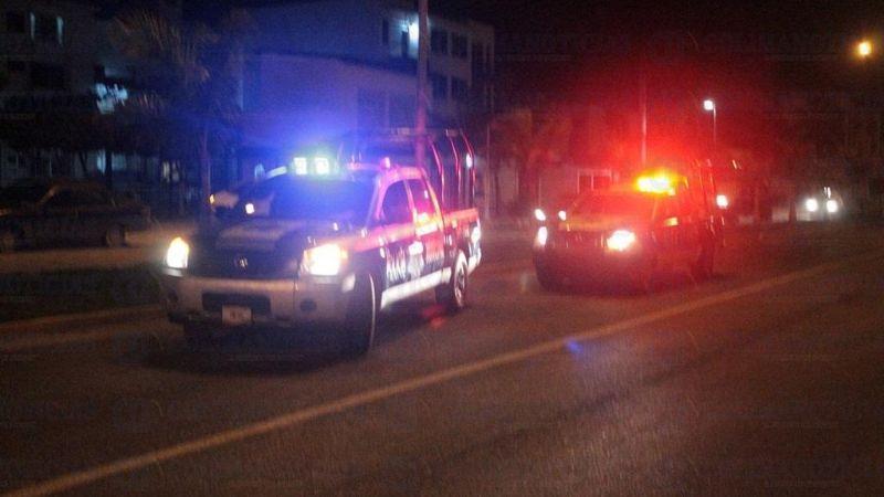 A sangre fría: Sujetos armados asesinan a hombre dentro de su vehículo