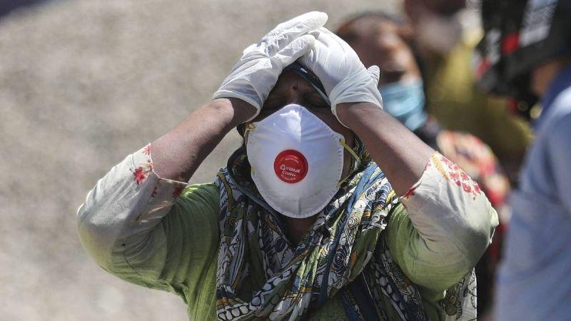 El Gobierno de India declara descenso en casos de Covid-19; ciudadanos afirman lo contrario