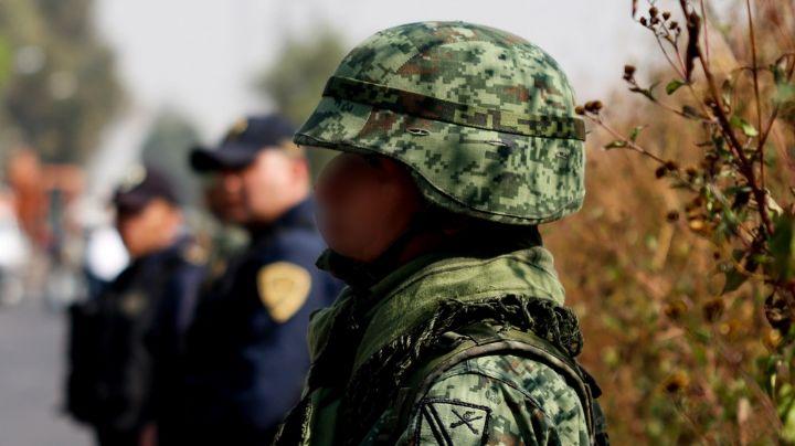 """""""Ya tírales"""": Exelemento del Ejército mató a balazos a madre e hijo por pleito de vecinos; está prófugo"""
