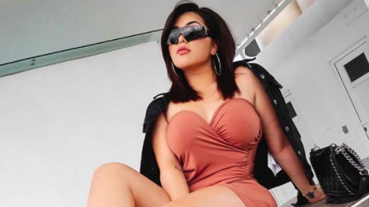 """Bichota"": 'Gomita' pone de cabeza a Instagram al modelar con despampanante 'outfit' azul"