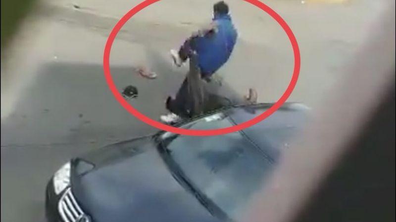 """(FUERTE VIDEO) """"Me vale ver..."""": 'El Tacho' apuñala a hombre y lo deja tirado en plena calle"""