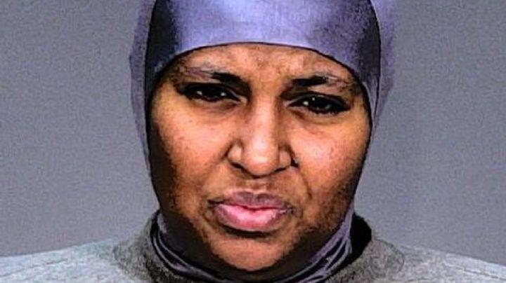 Madre ataca brutalmente a sus hijos porque pensó que eran demonios y debía matarlos