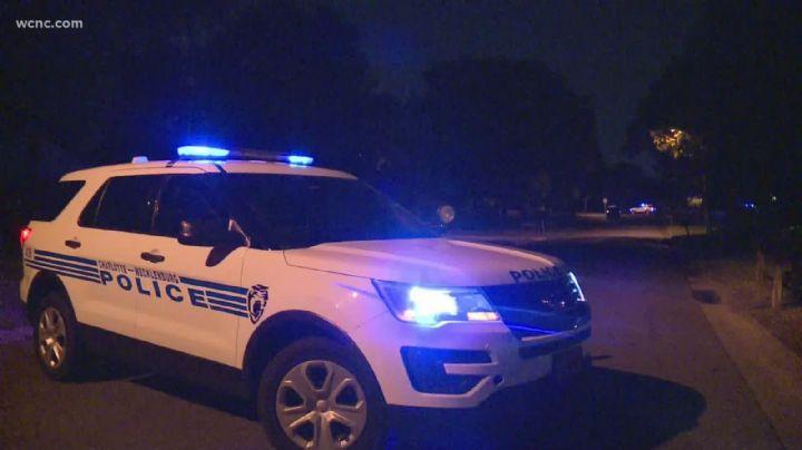 Policías le salvan la vida a una mujer que intentó suicidarse frente a la casa de su ex