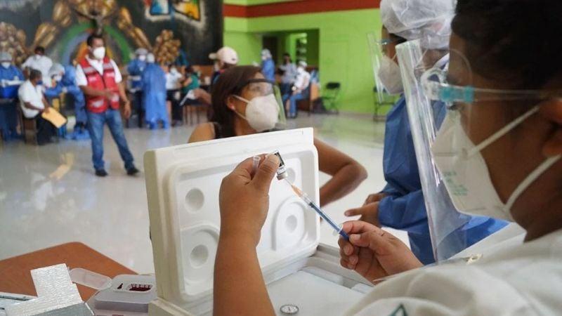 Vacunación 50 y más termina en la región de Empalme; sobraron dosis
