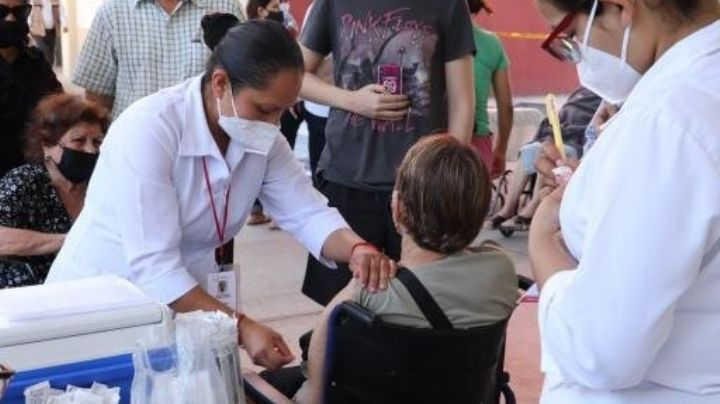 Ciudad Obregón: Aplican segunda dosis de vacuna Pfizer a adultos mayores