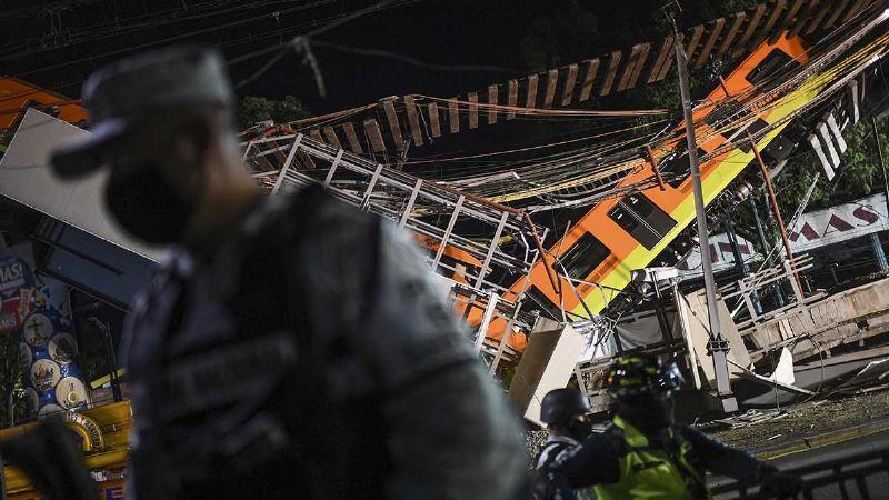 (VIDEO) Metro CDMX: Policías impiden el paso al secretario de Movilidad; ni lo conocieron
