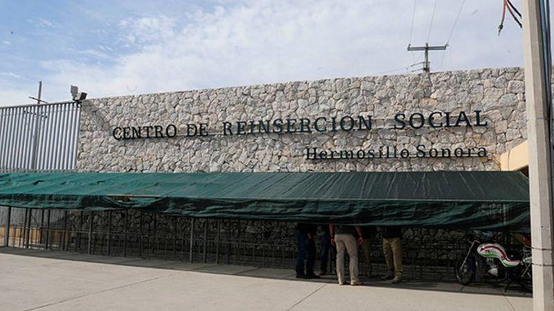 Mientras vacunan a reos en Ceresos de Sonora, visitantes deben respetar los protocolos