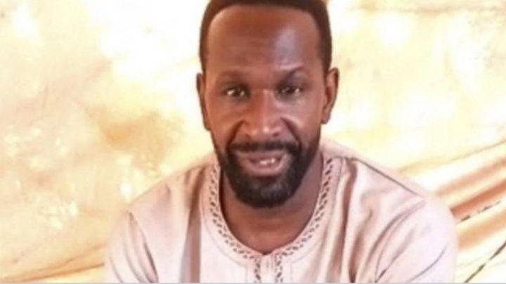 Grupo terrorista secuestra a periodista francés en África; pide ayuda en un VIDEO