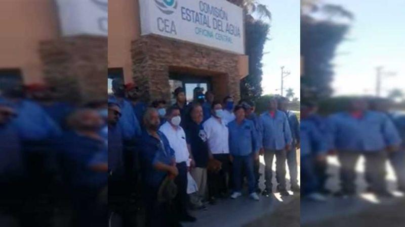 Trabajadores del CEA se manifiestan por pago de pensión; deben 10mdp a Isssteson
