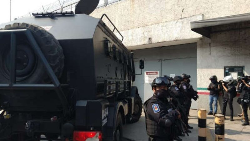 Llevan a 'El Güero' Palma, exlíder del Cártel de Sinaloa, a centro de arraigo en la CDMX