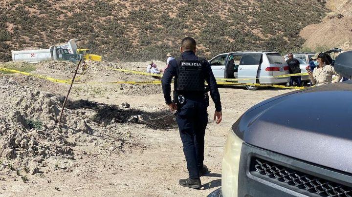Macabro: Hallan 2 fosas clandestinas con 8 cadáveres carbonizados y restos humanos dentro