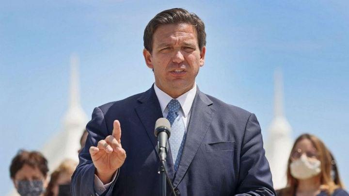 Gobernador de Florida firma ley para restringir el voto; afectaría a latinos y afroamericanos