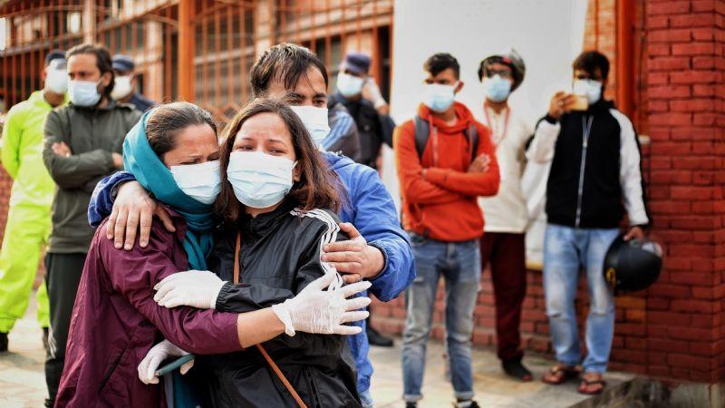 Terror en Nepal: Se desbordan los contagios de Covid-19; prevén peor crisis que en la India