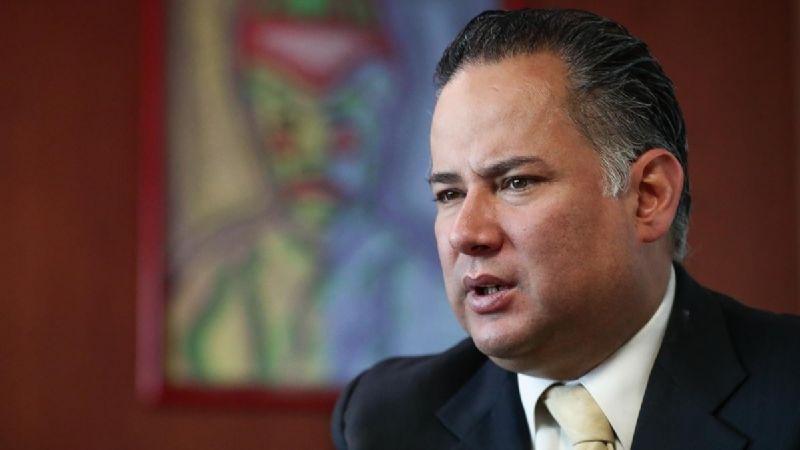 Santiago Nieto, titular de la Unidad de Inteligencia Financiera, tiene Covid-19
