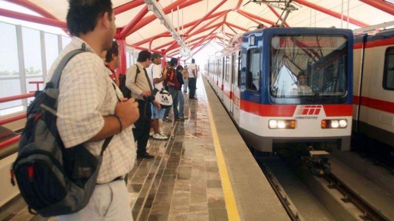 Historias del Metro: Captan en VIDEO pelea en Línea de Monterrey; usuarios gritan y ríen