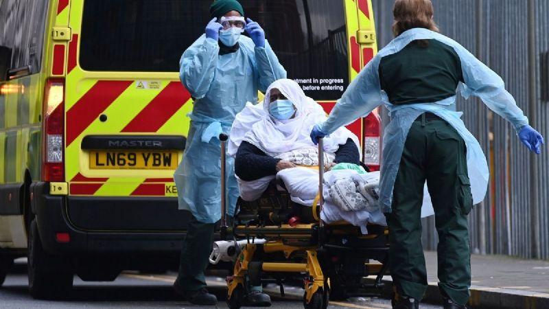 Macabro: La variante de la India es 'preocupante'; incrementa los contagios en Reino Unido