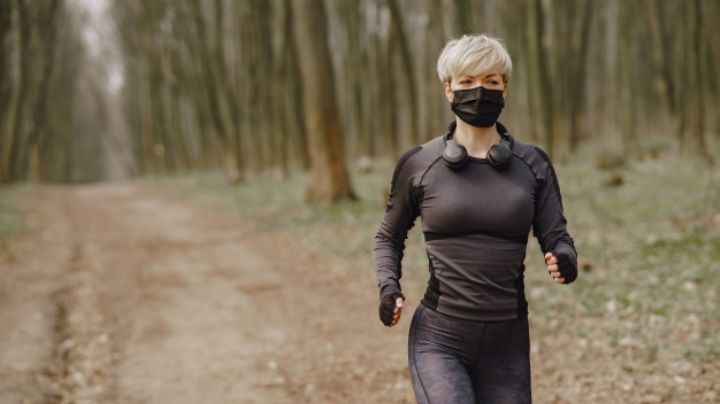 El ejercicio puede ayudar la recuperación del coronavirus largo, según estudio