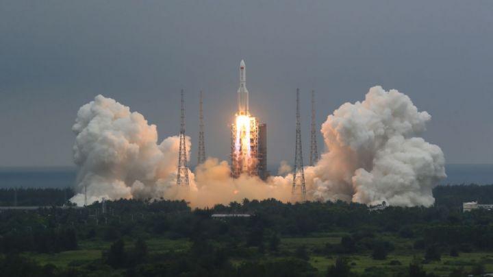Macabra predicción: Expertos esperan que el cohete chino impacte a la tierra este fin de semana