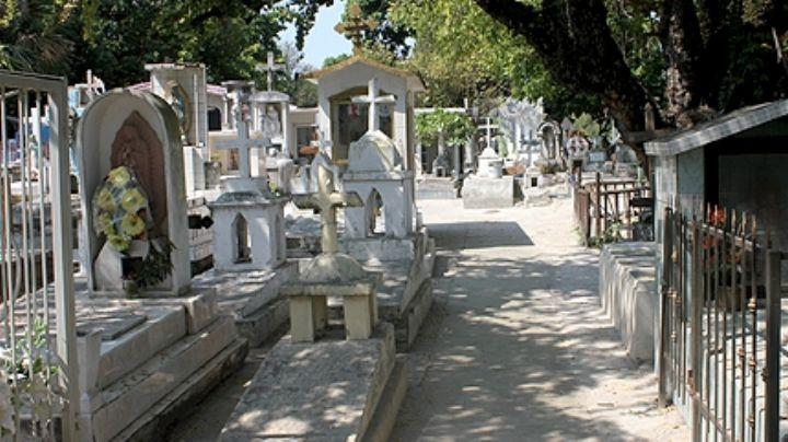 De terror: Sujeto es asesinado a balazos dentro de panteón municipal