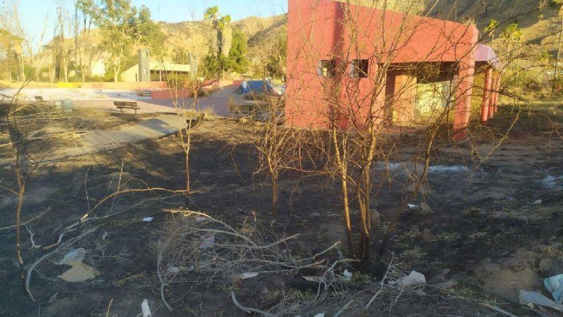 Hermosillo: Echan de La Sauceda a colectivo 'Ciudadanía Activa'; iban a limpiar el parque