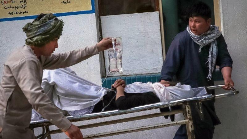 FUERTE VIDEO: Van 40 muertos tras explosión de bomba en escuela; hay estudiantes heridos