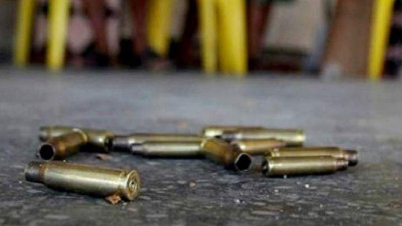 Sicarios asesinan a mujer que vendía ropa afuera del Reclusorio Norte en la CDMX